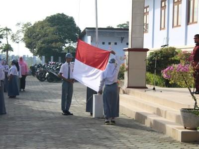 pengibaran-bendera-hut-ri-th-2017